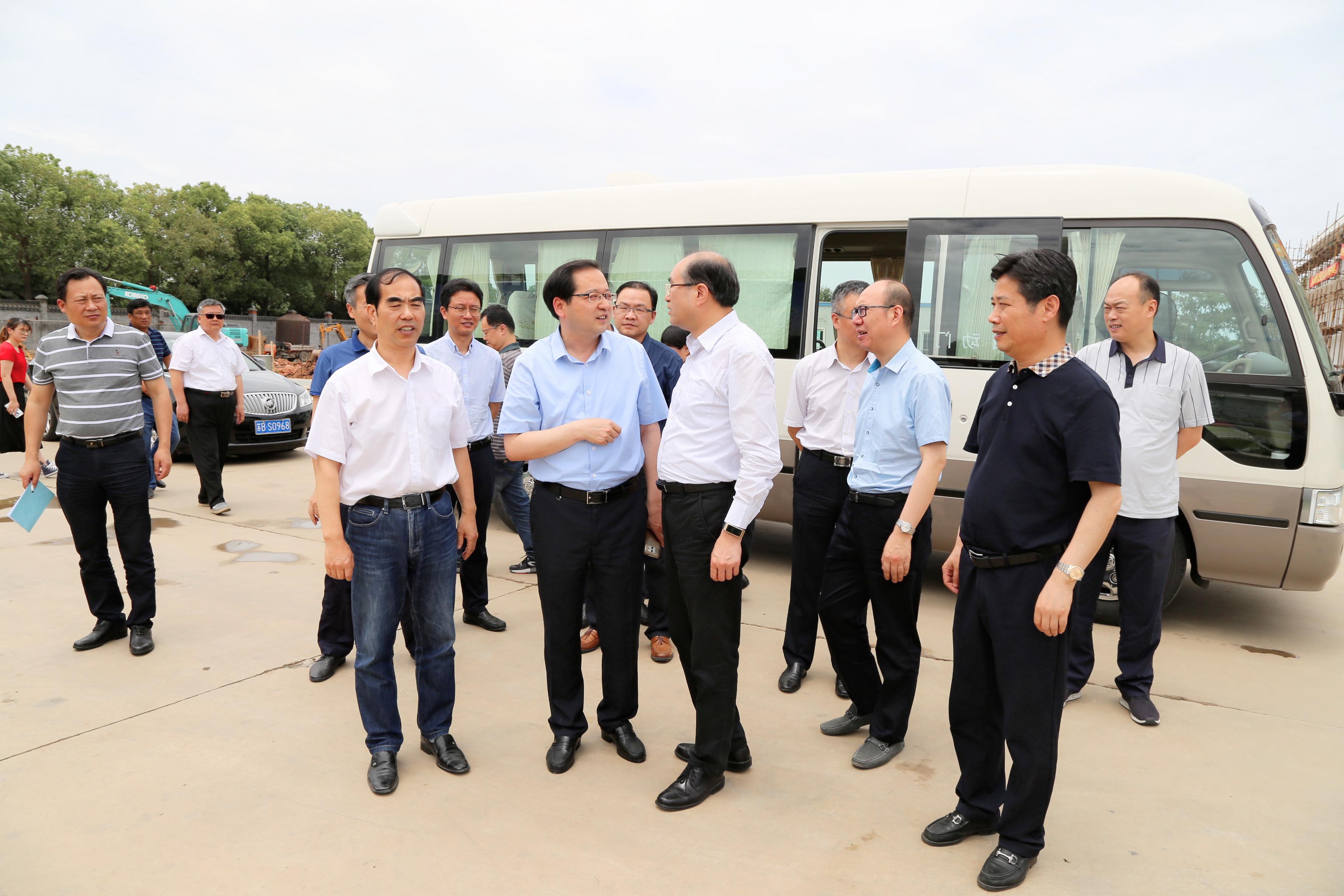 无锡市委副书记徐劼来杨巷调研农业农村工作